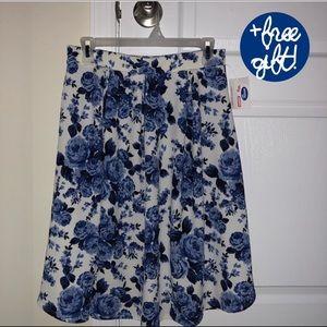 Blue rose skirt